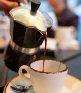 moka caffe caffè qualità miscela polvere essse un buon caffé biscotti cioccolato farina di riso artigianali qualità vicino a me pasticceria a domicilio colazioni asporto bologna