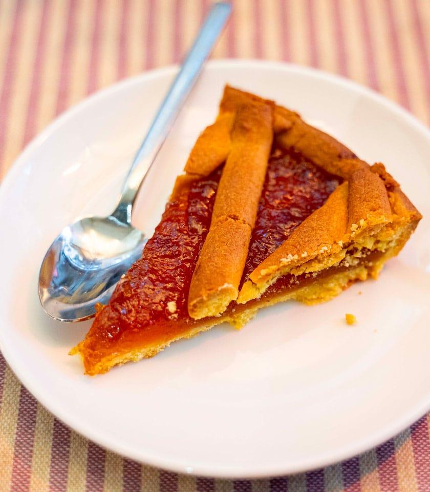 crostata crostate marmellata all albicocca pesca qualità un buon bar biscotti artigianali qualità vicino a me pasticceria a domicilio colazioni asporto bologna